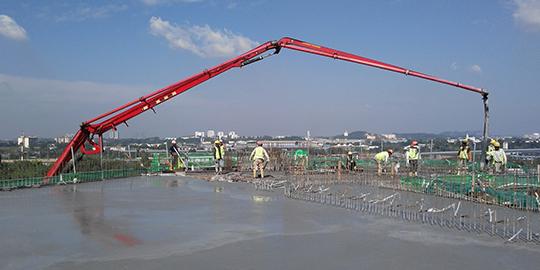 concrete_pumpers